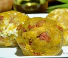 Bolón de Verde con queso y chicharrón: tradicional desayuno costeño